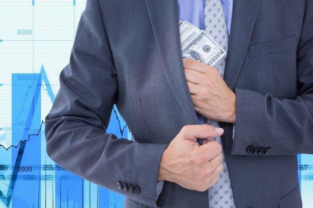 Бизнес заплатит за прошлые откаты и зарплаты в конверте
