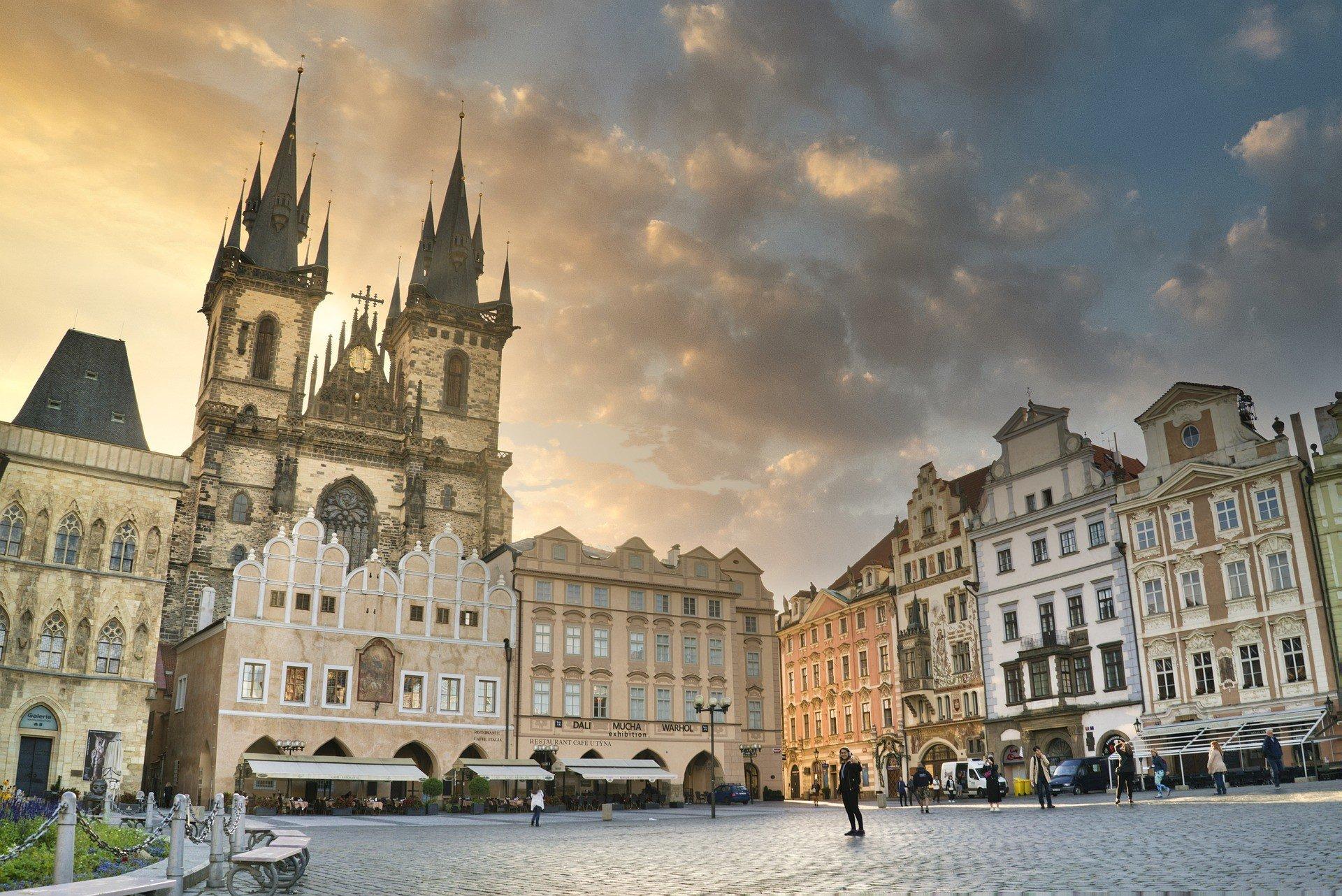 В Праге на фоне пандемии начали борьбу с арендодателями
