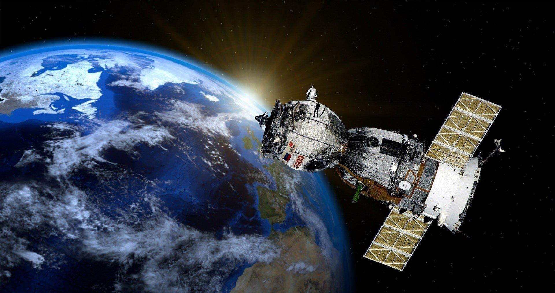 Астронавты NASA и РФ после карантина полетели в космос