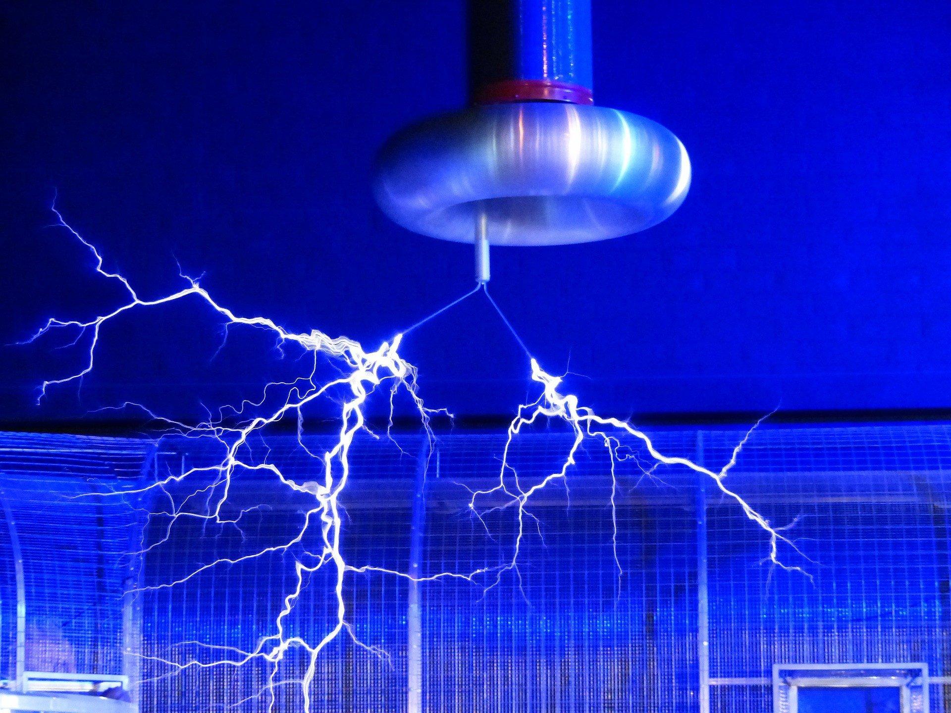 Tesla стремится стать поставщиком электроэнергии