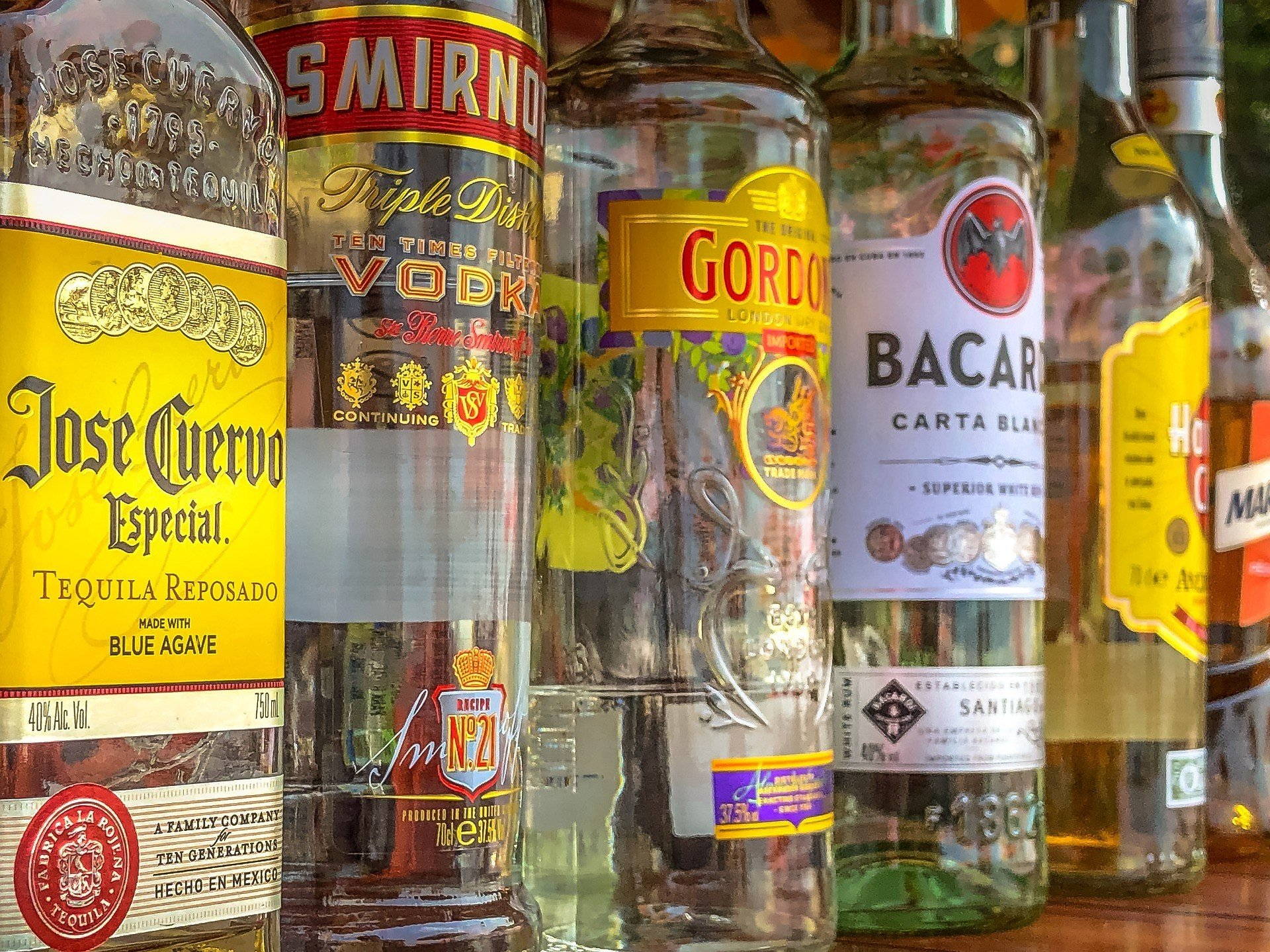 В Индии наложили 70% налог на покупку алкоголя