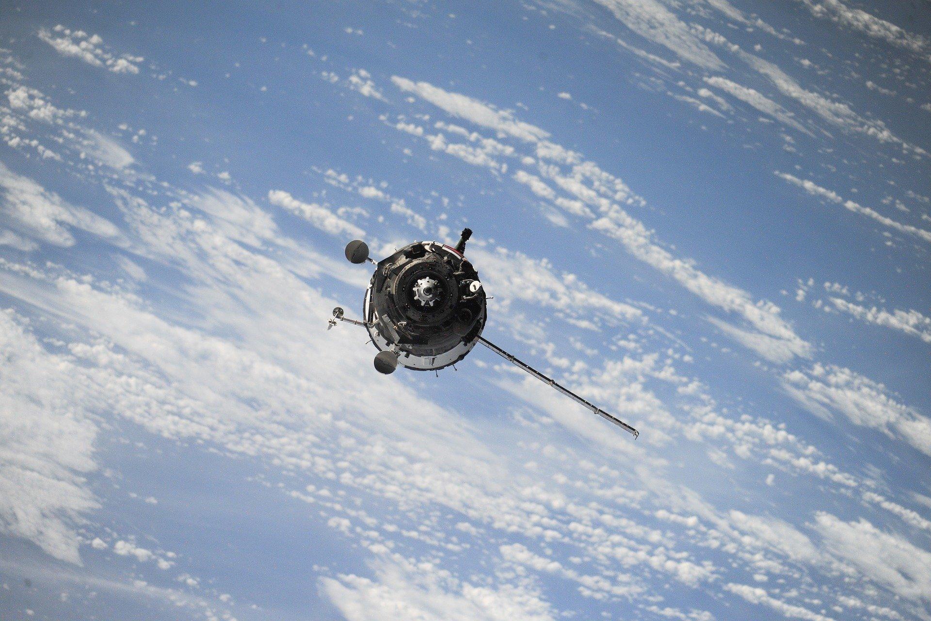 Великобритания развивает систему спутников