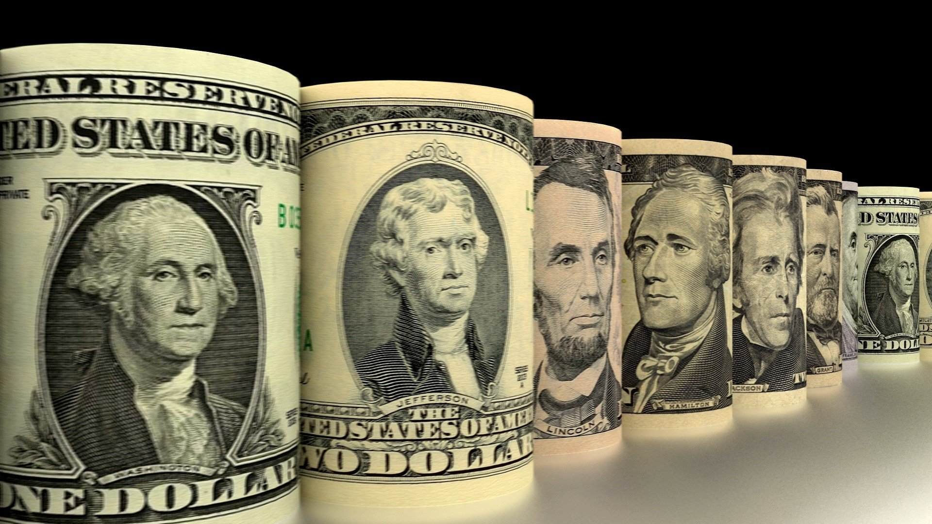 Межбанк: доллар продолжает терять в цене