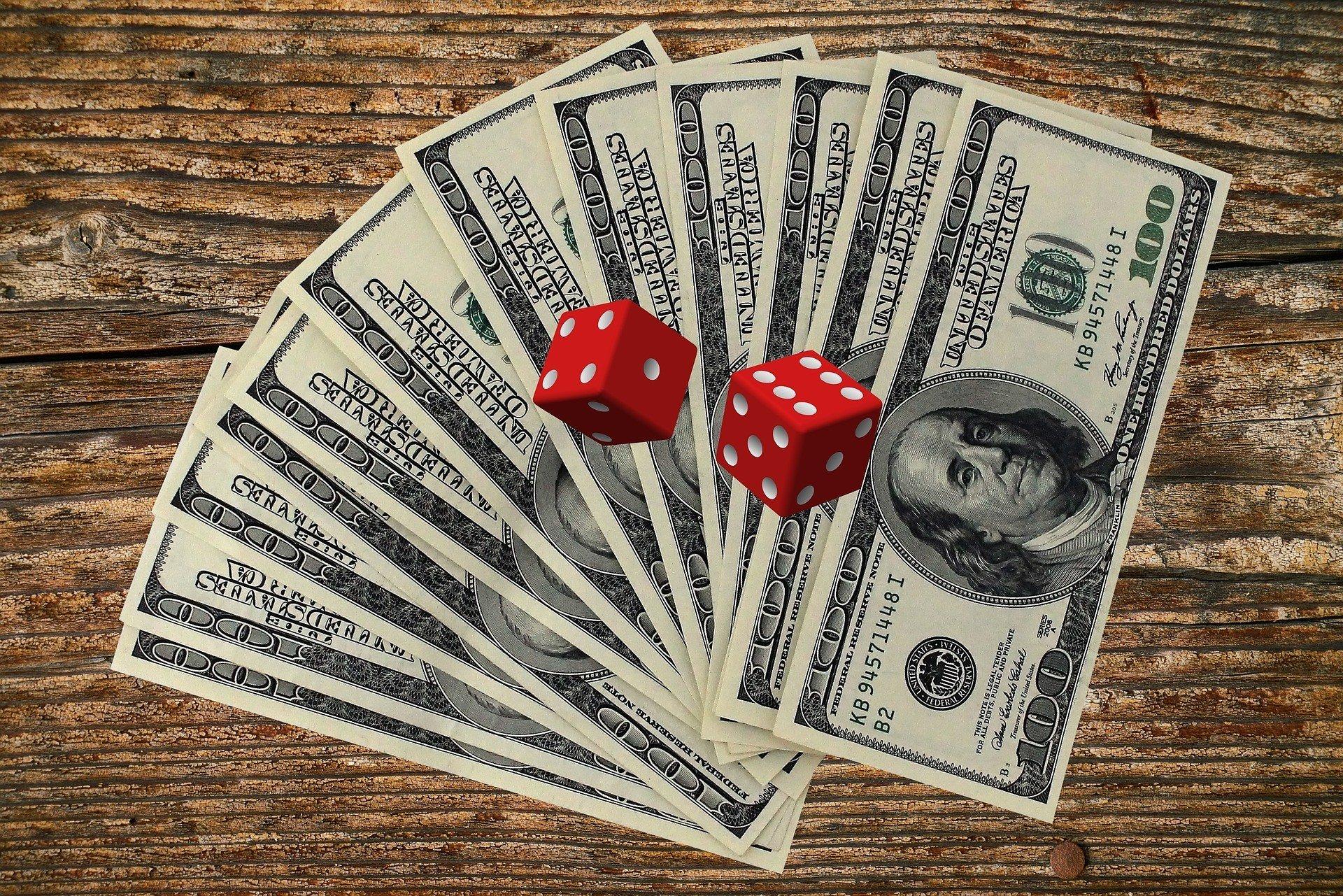 Межбанк: импортеры спешно скупают валюту