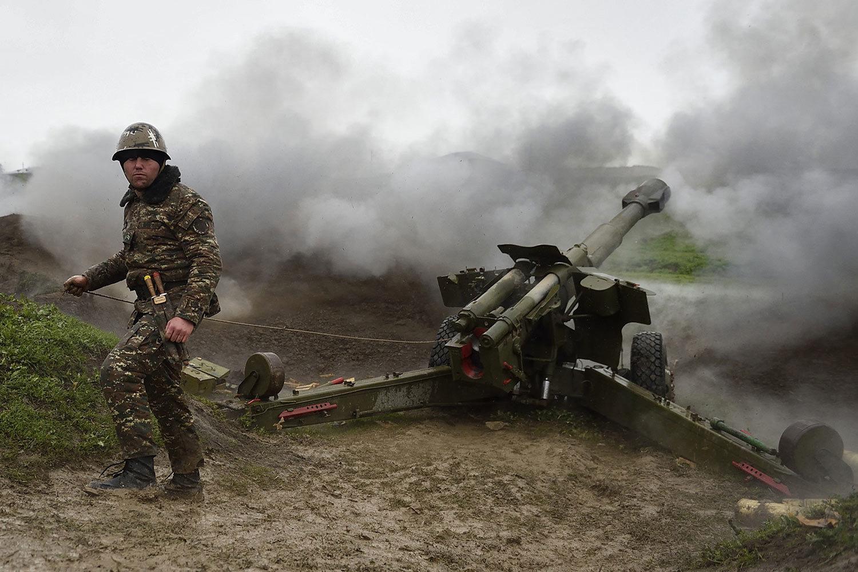 Армения намерена наносить удары по Азербайджану