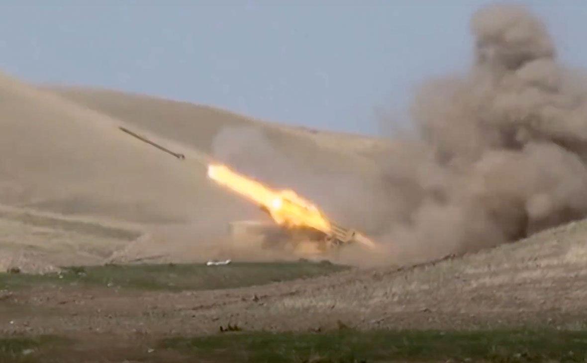 Азербайджан нанес удар по территории Армении