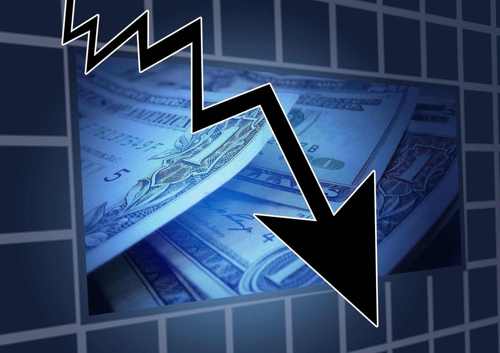 Российская экономика свалилась в штопор