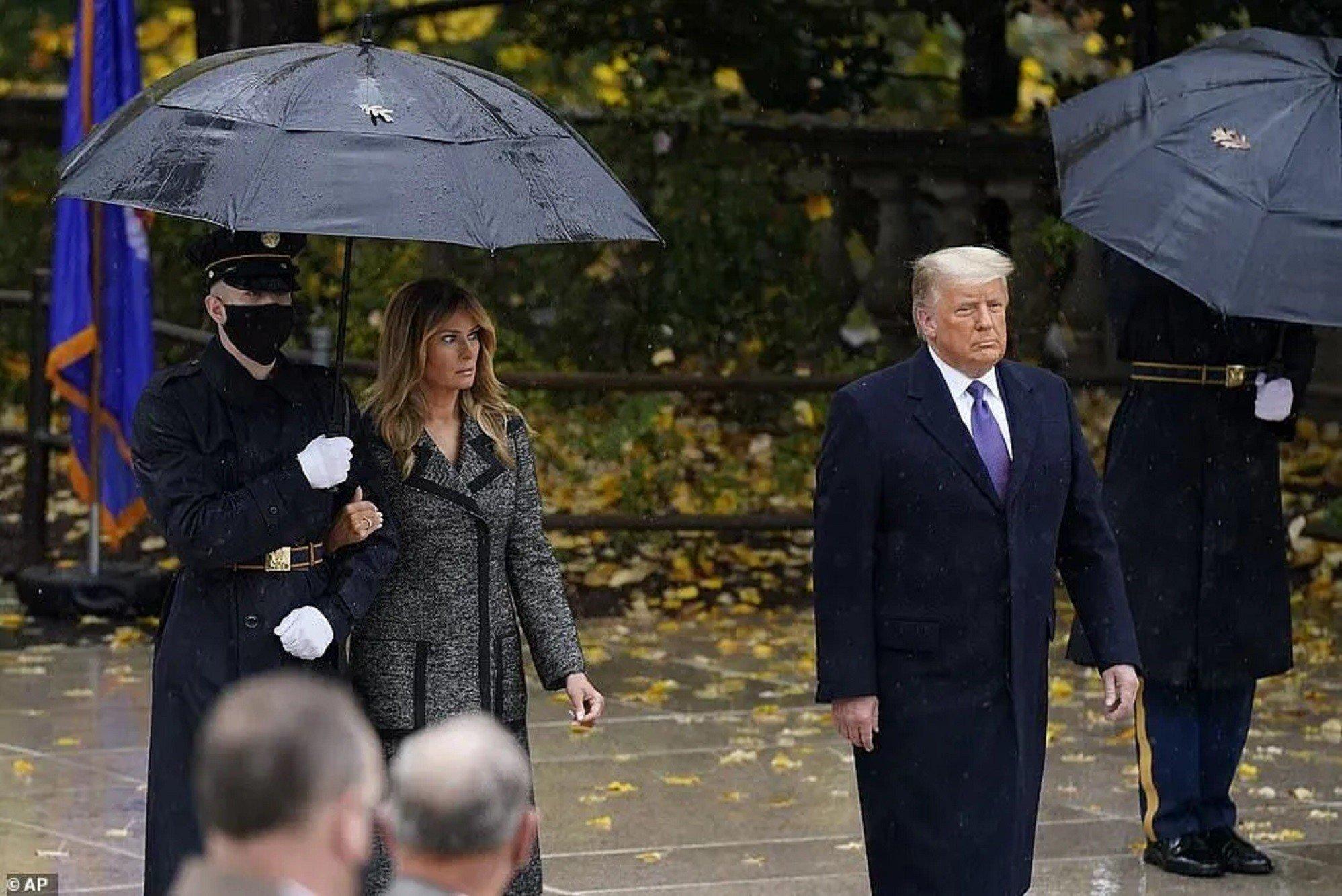 Мелания сторонилась Трампа на официальном мероприятии