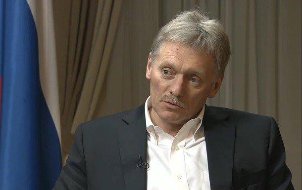 """Песков заявил о """"русофобских антителах"""" в Украине"""