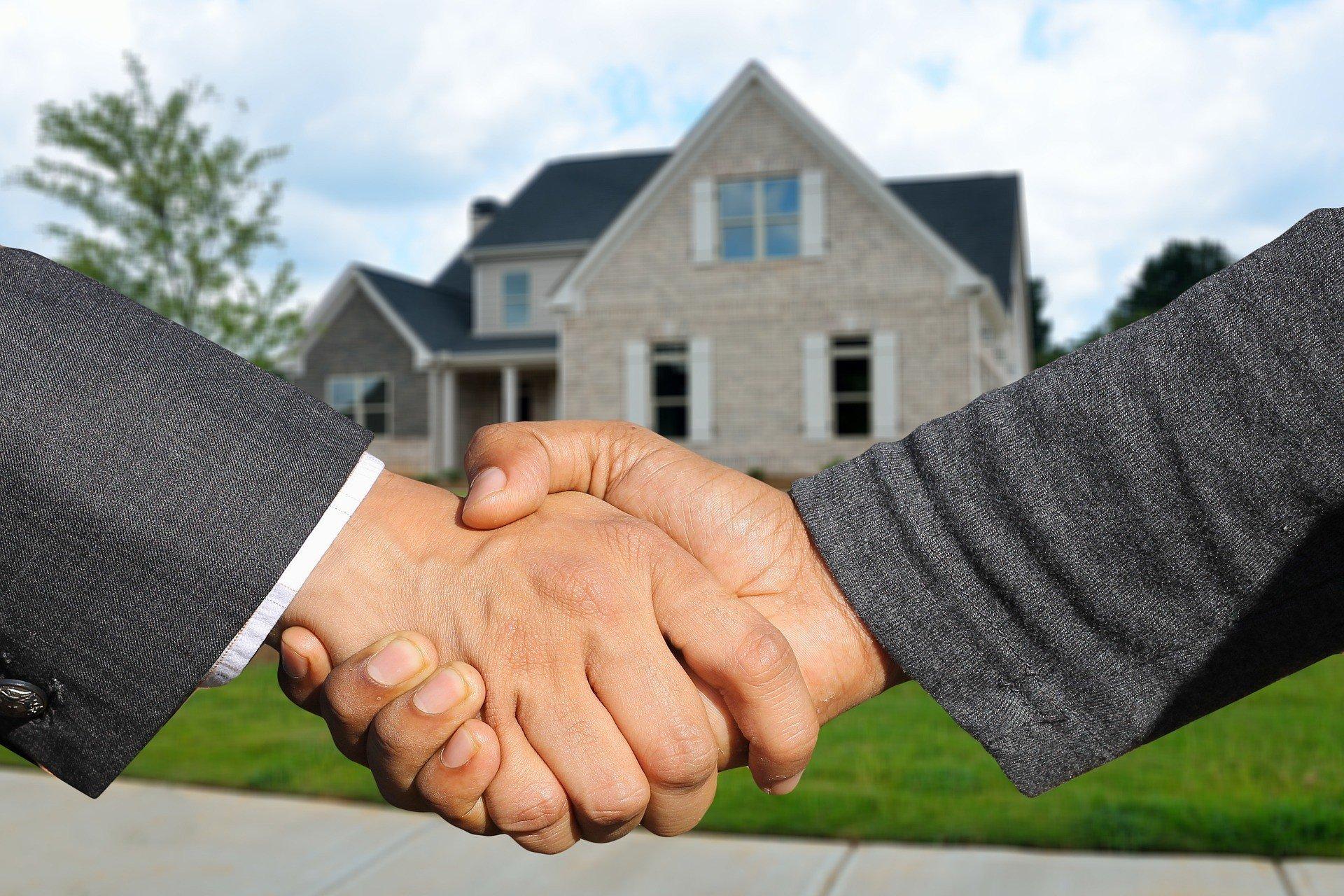 Выгодные кредиты для рефинансирования ипотеки сроком на 1 год