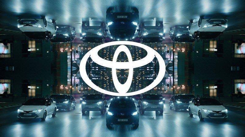 Toyota ставит рекорды производства и продаж