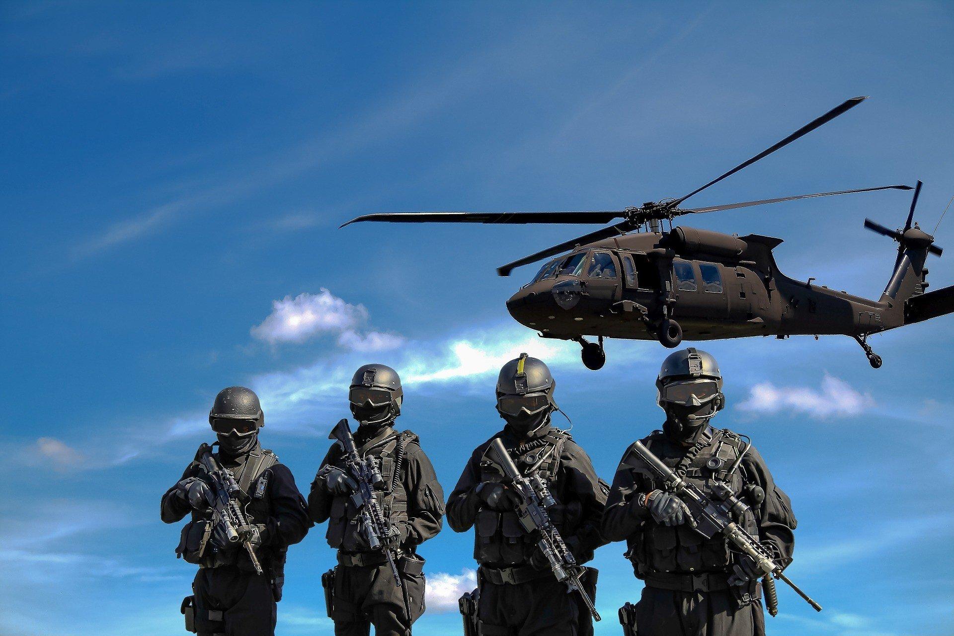 Литва купила у США вертолеты взамен советских