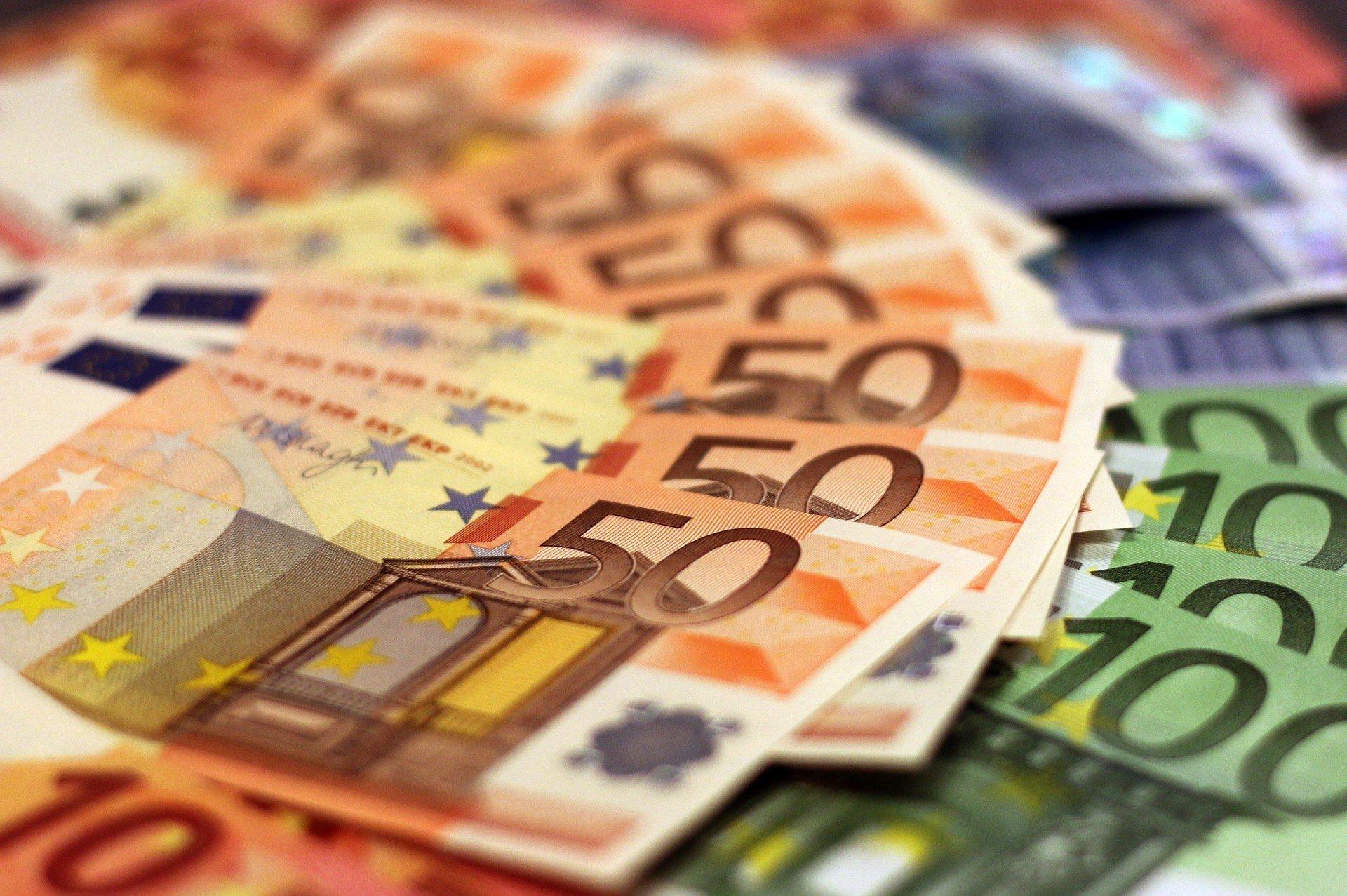 Экономика Европы снова падает — Вloomberg