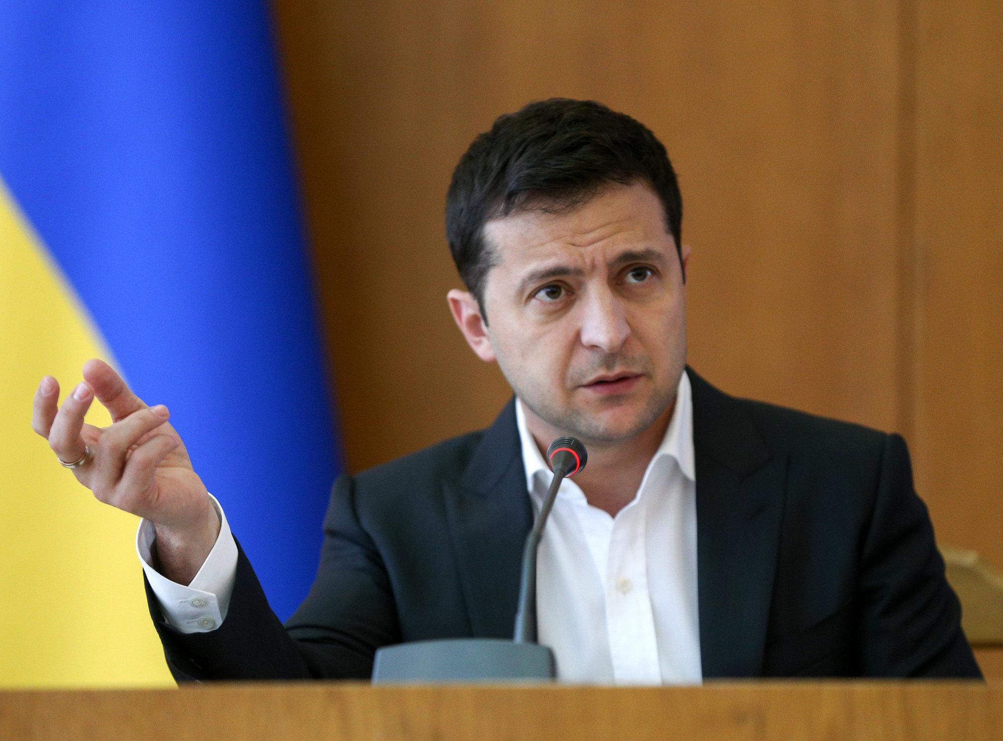 Центральная власть продолжает конфликтовать с мэрами