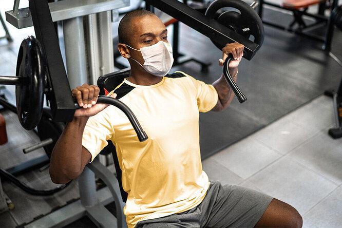 Исследователи выяснили, нужно ли тренироваться в масках