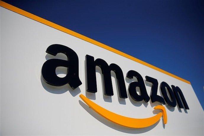 """""""Много работы"""" - сотрудники  Amazon протестуют"""