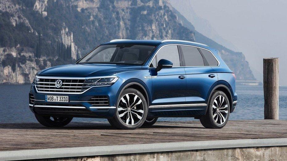 Volkswagen Touareg умеет парковаться сам
