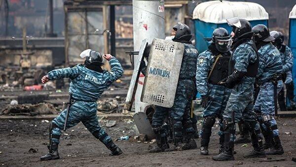 "7 лет назад ""Беркут"" разогнал студентов на Майдане"