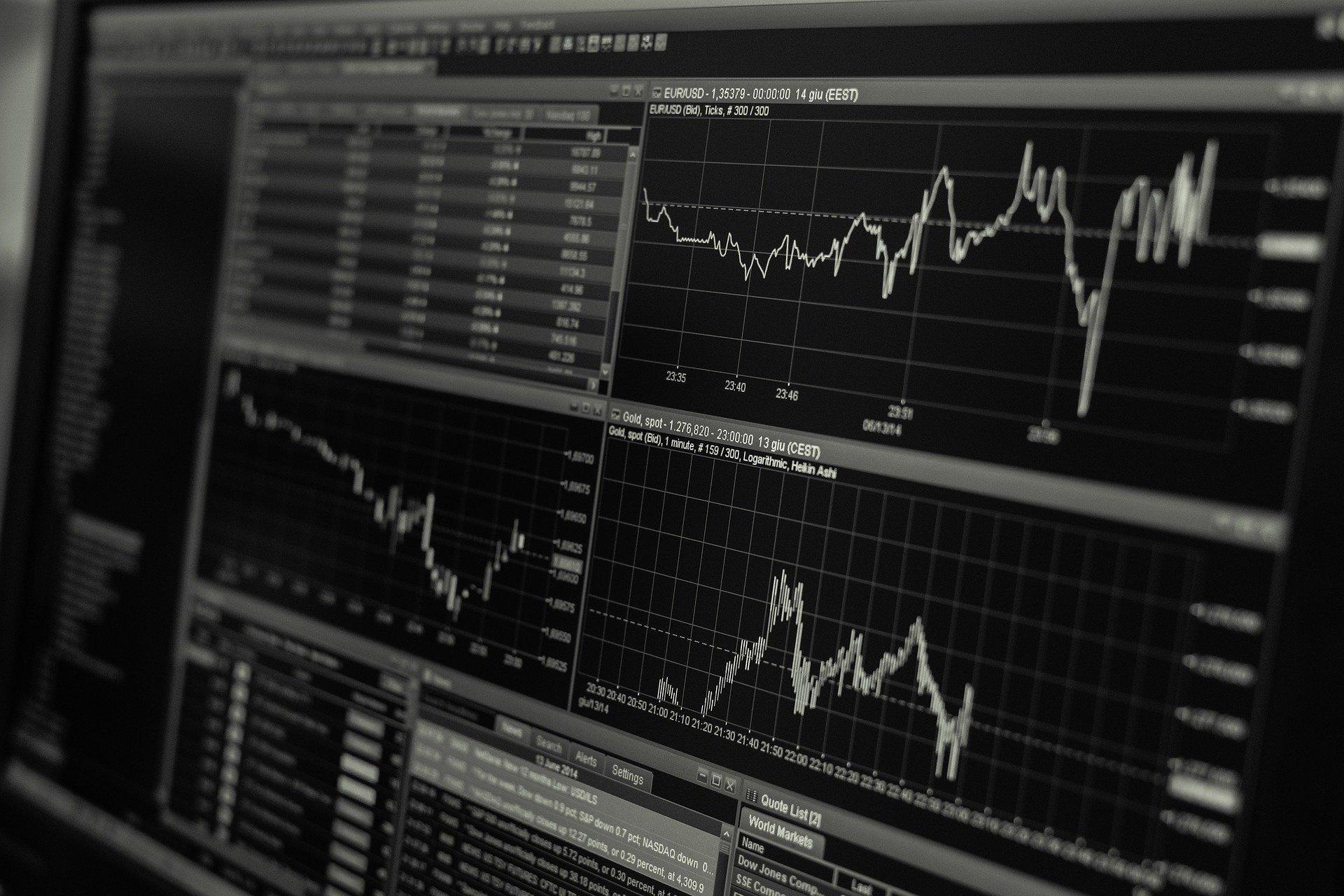 Биржа Шанхая приостановила крупнейшее в мире IPO