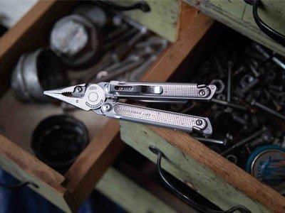 Ножи и мультитулы - подарок себе в Черную пятницу
