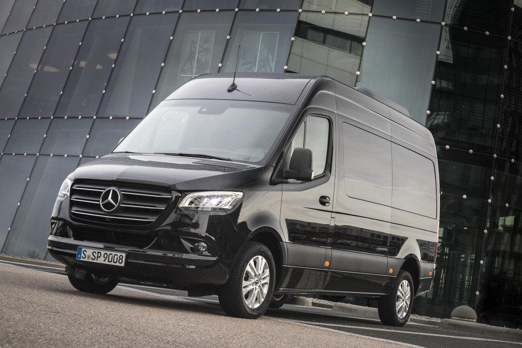 Mercedes-Benz внедряет онлайн-диагностику авто
