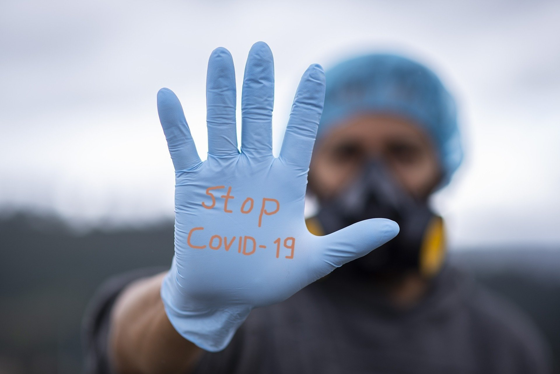 Половина жителей Москвы переболели коронавирусом