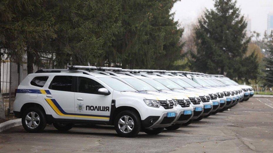 Полицейским выдали 18 новеньких автомобилей