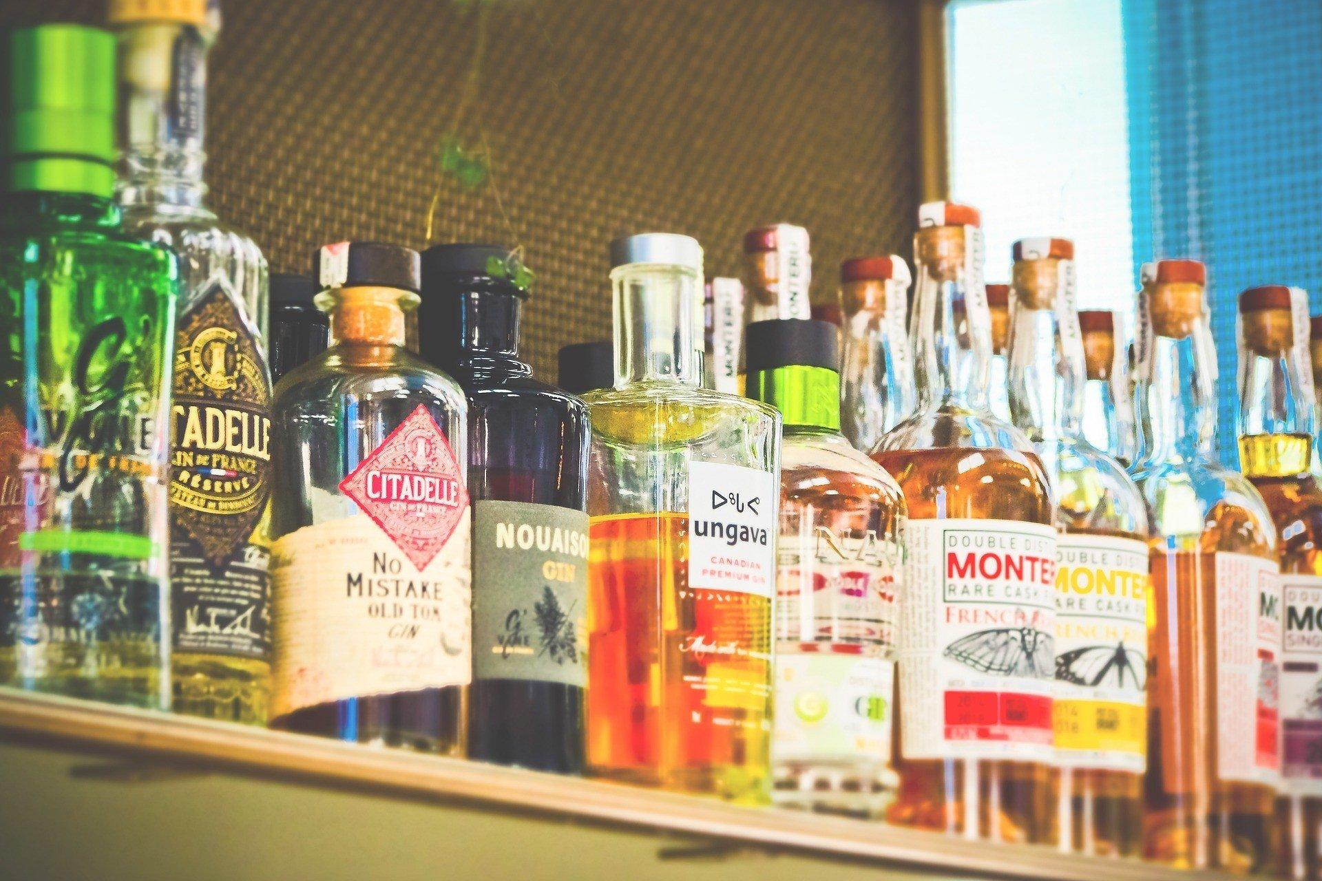 В ОАЭ разрешили употреблять алкоголь, - СМИ