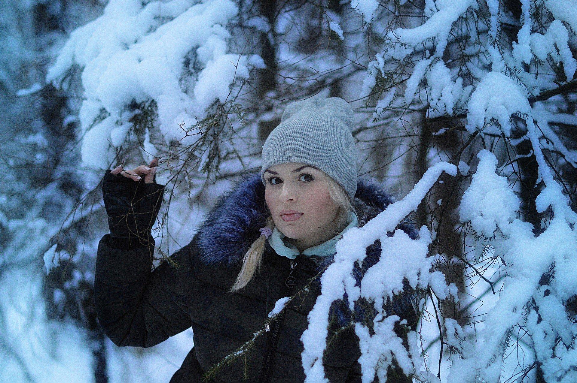 Прически под шапку: 5 стильных идей для зимы