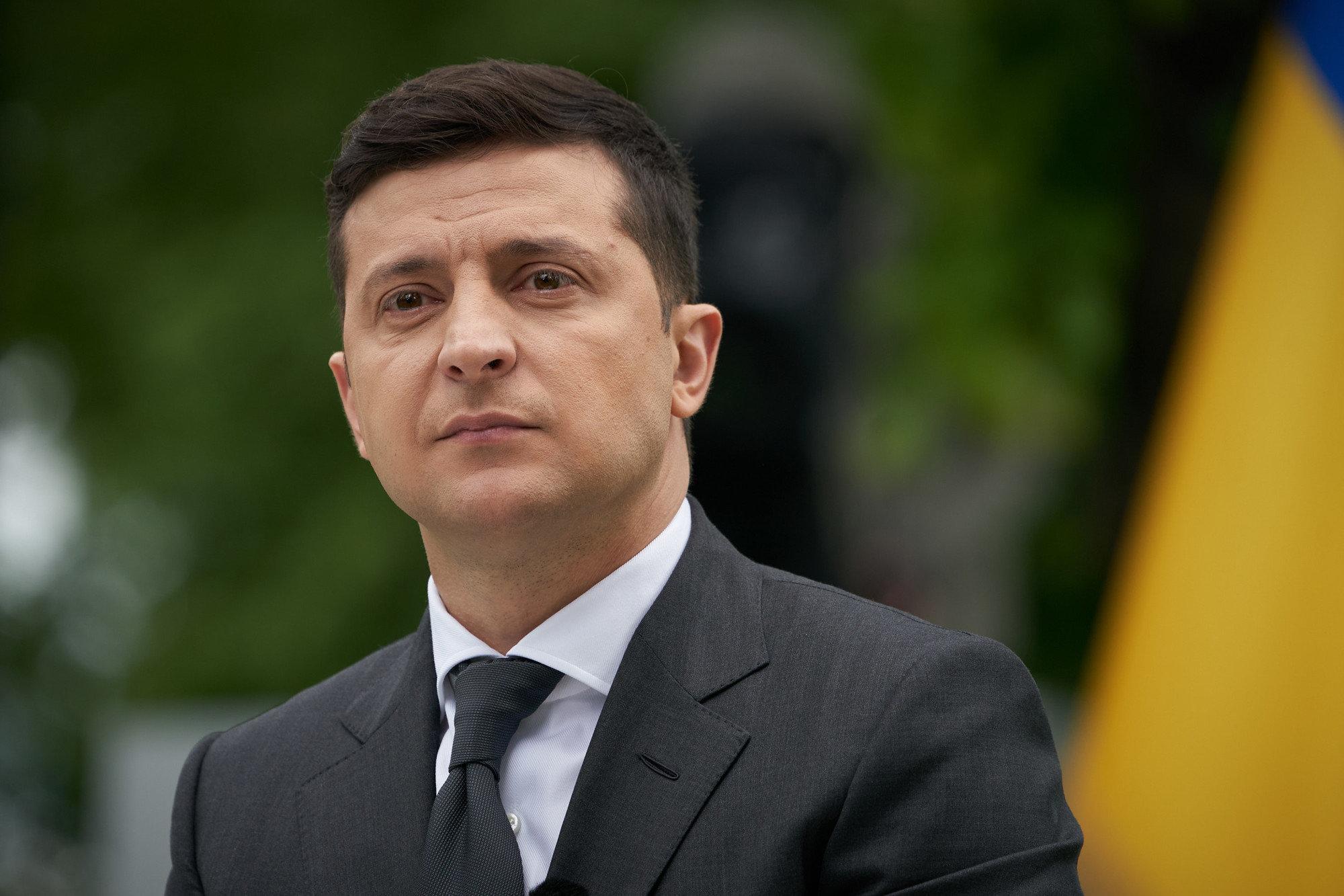 Зеленский готов продолжить диалог с Путиным по Донбассу