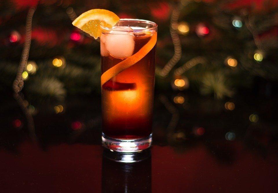 Какой алкоголь дарить на Новый Год