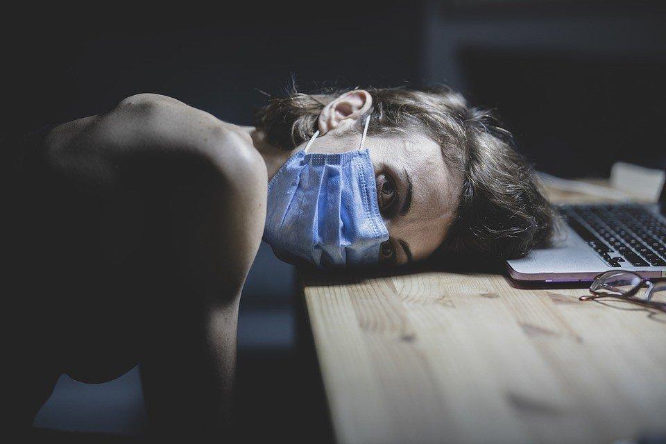 Описаны самые долгие симптомы при коронавирусе