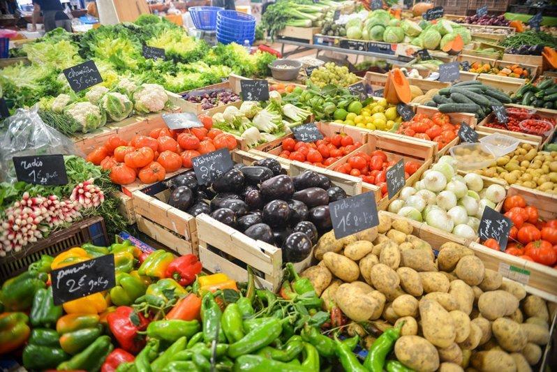 Подсчитаны затраты европейцев на еду