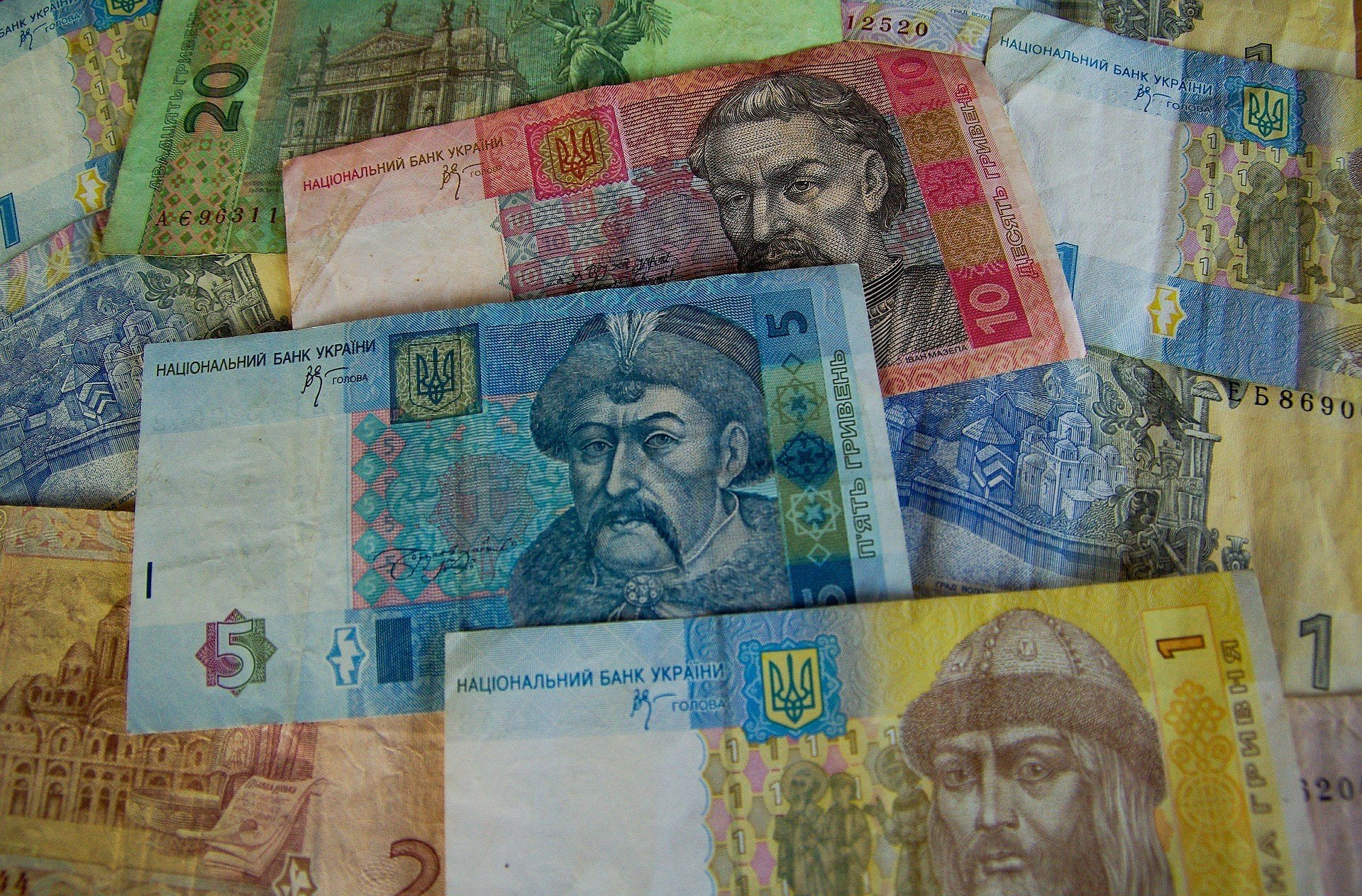 Украинцы все чаще берут в долг онлайн