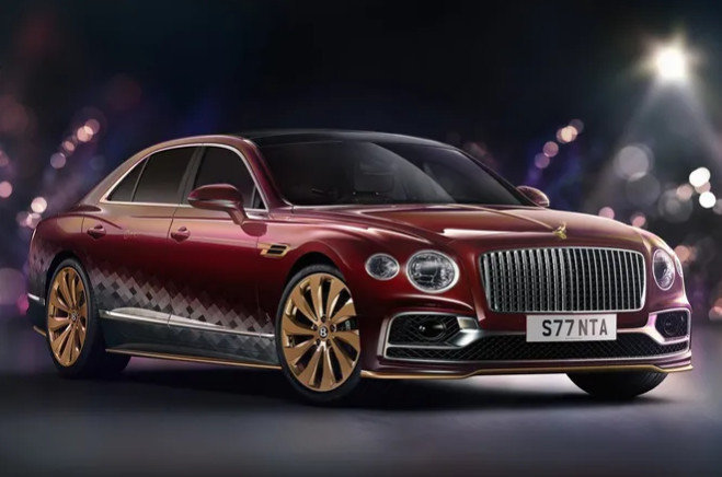 Bentley сделала для Санта-Клауса особый Flying Spur V8