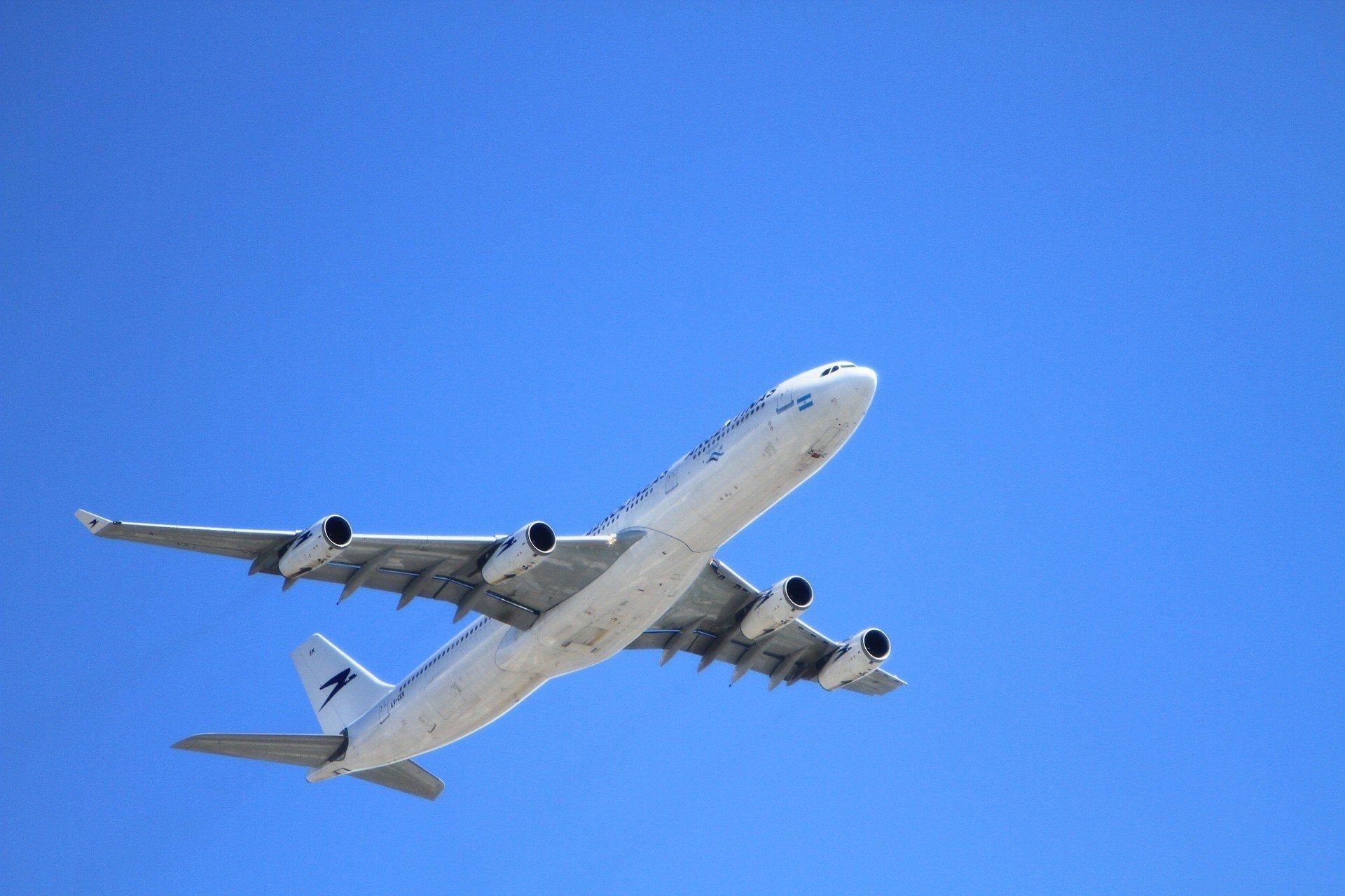 В Израиле хотят запретить авиасообщение со всеми странами