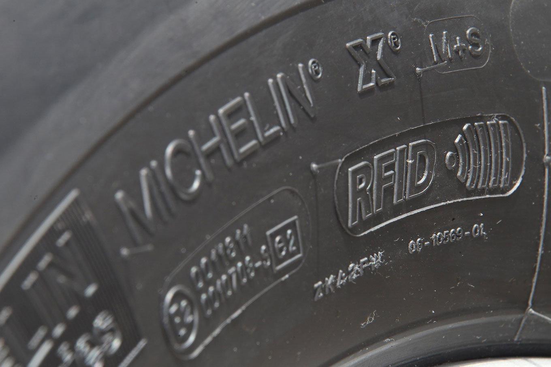 Michelin проведет массовое чипирование шин
