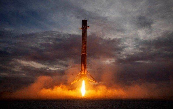 SpaceX запустила першу ракету-носій в новому році