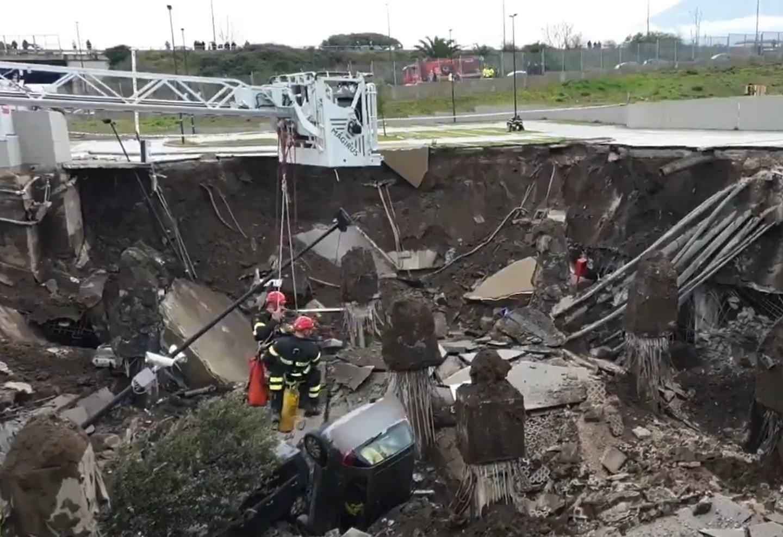В Италии из-за взрыва эвакуировали COVID-больницу