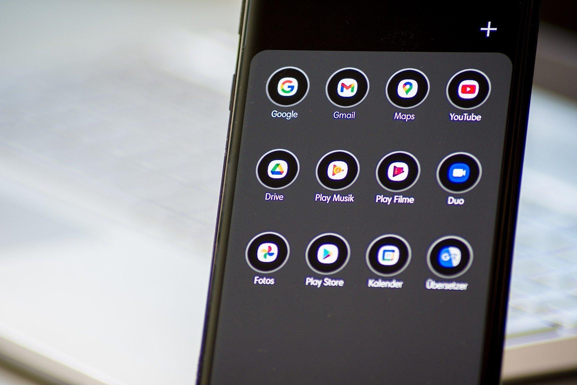 Худшие смартфоны 2020 года