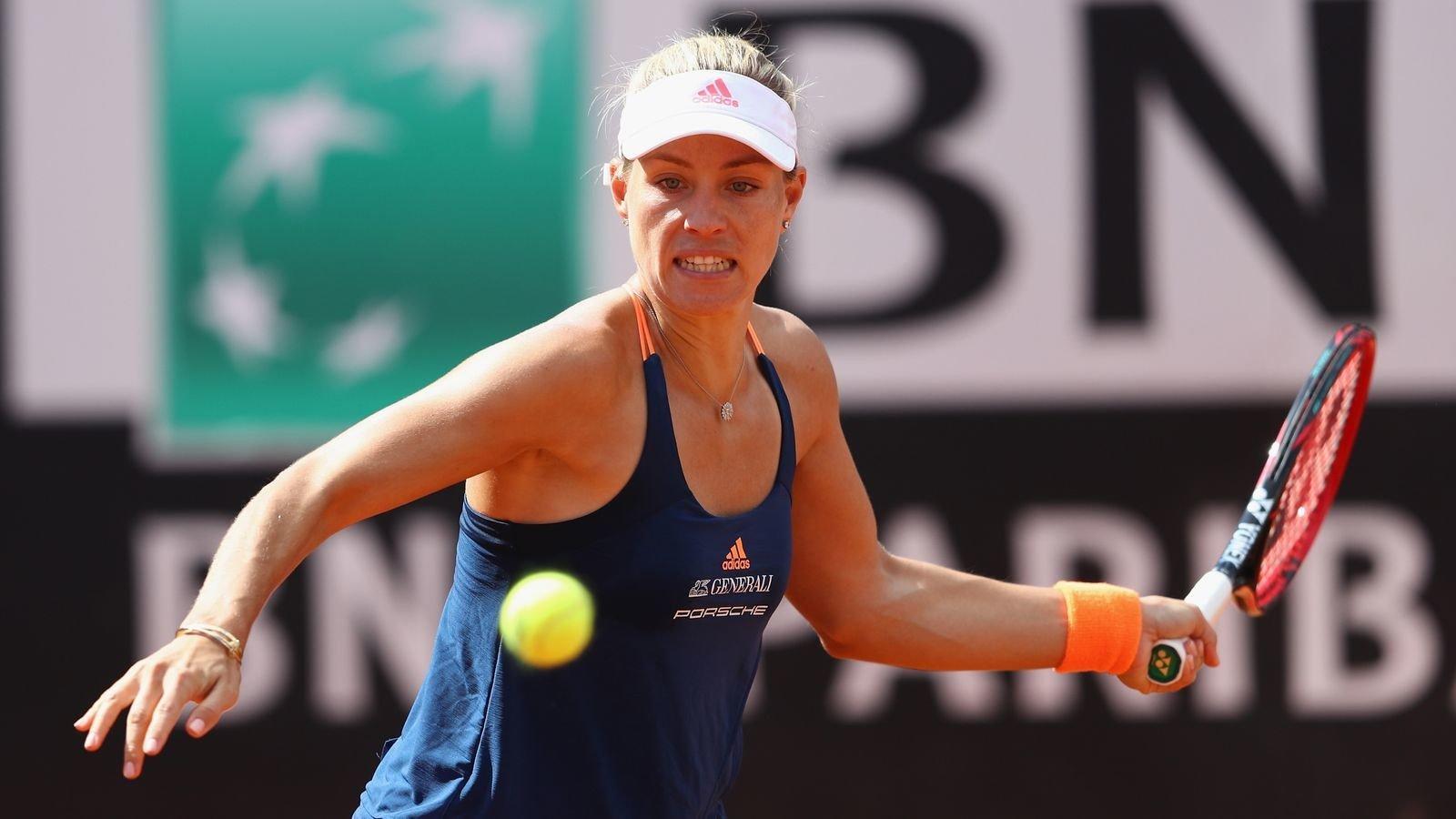 Тенисистка Кербер отметила свой день рождения на карантине