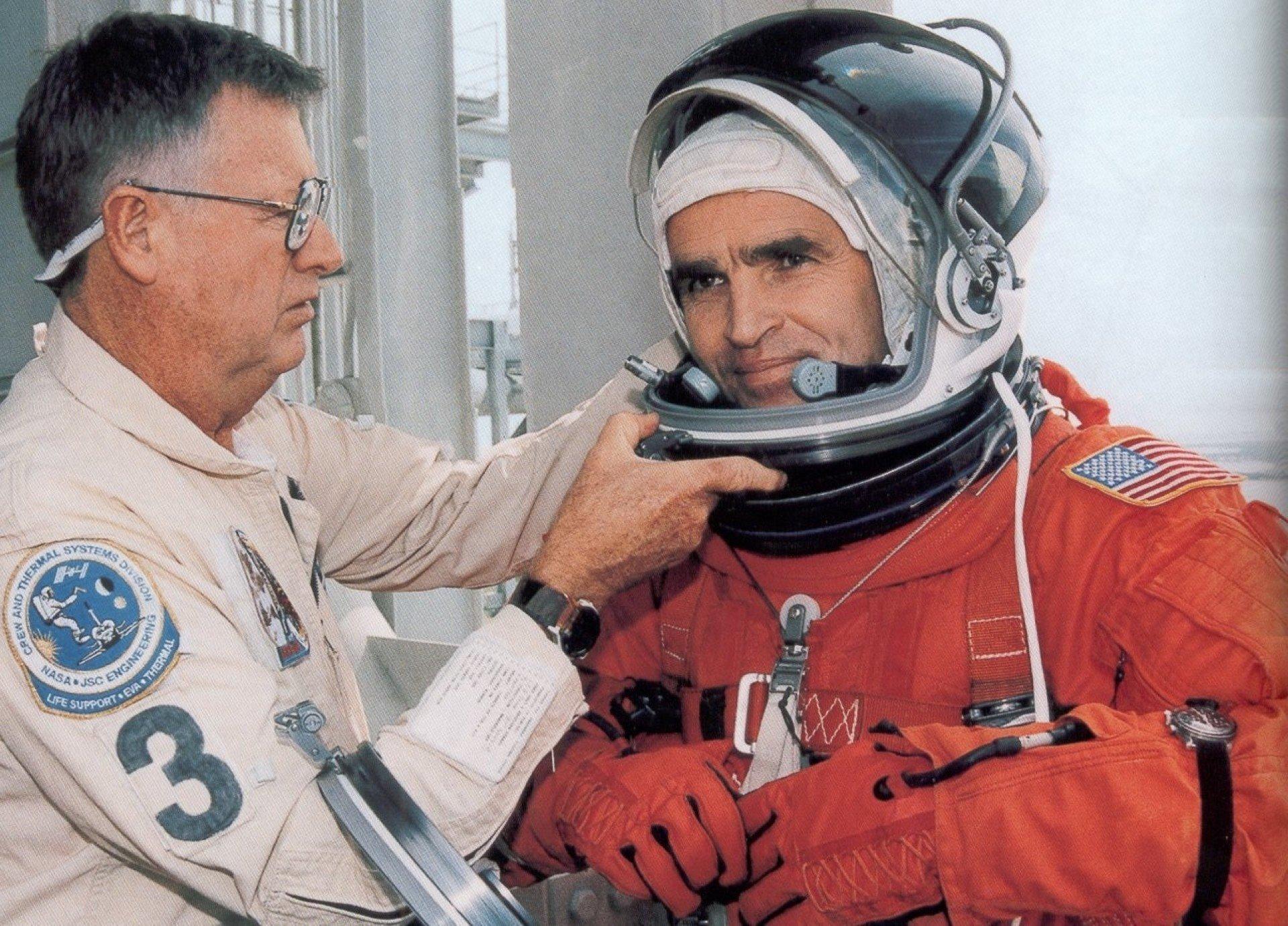 Сыну космонавта Леонида Каденюка угрожают убийством