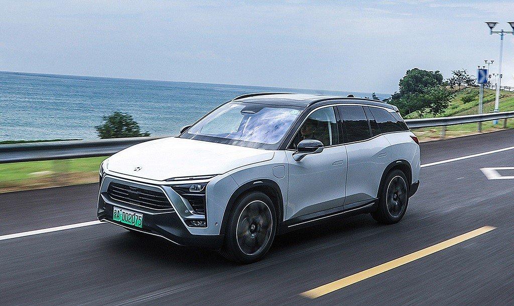 Китай наращивает производство электромобилей