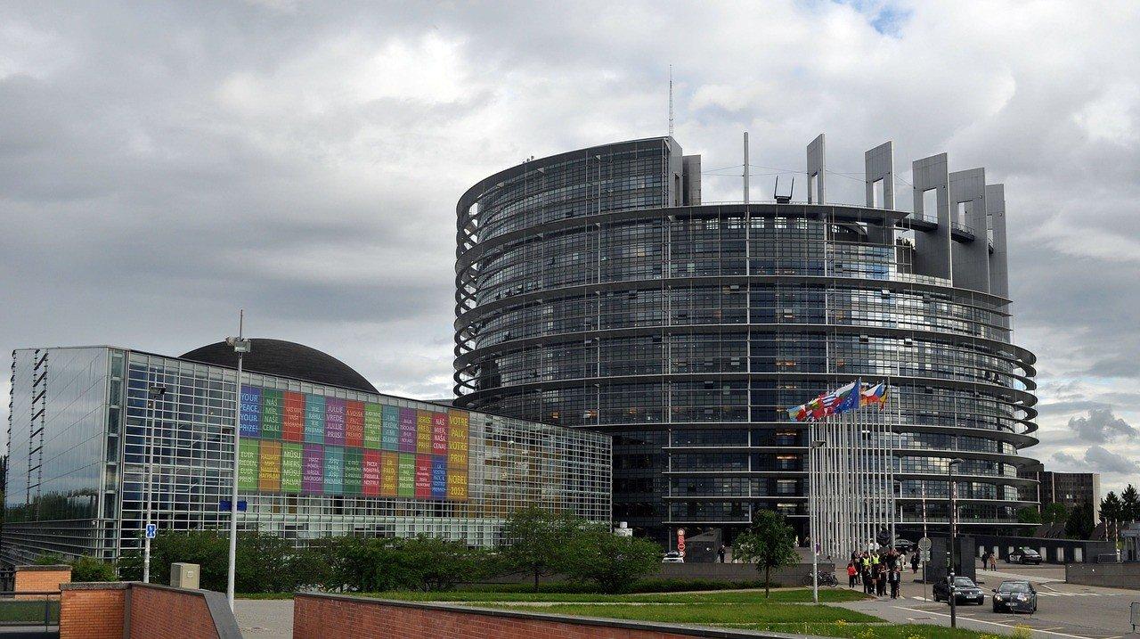 Европарламент планирует собраться на сессию в Страсбурге
