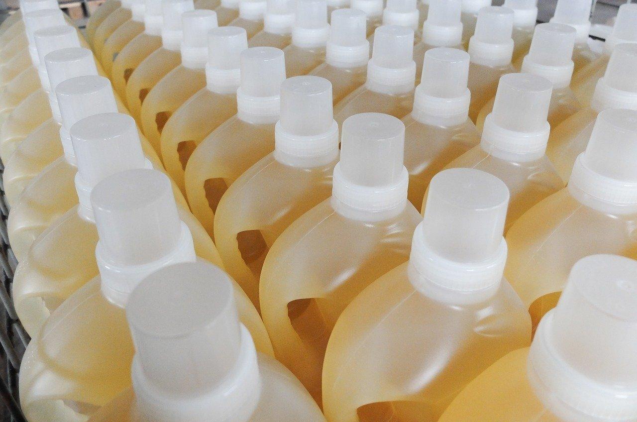 Кабмин разрешил продавать бытовую химию во время локдауна