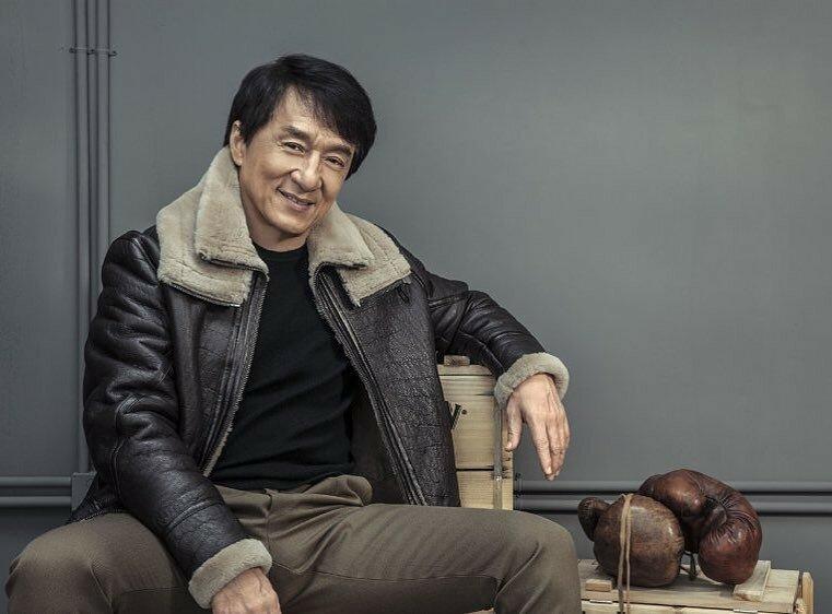 Как сейчас живет Джеки Чан и куда он тратит свои миллионы