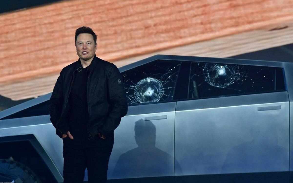 Илон Маск опроверг обвинения Tesla в шпионаже