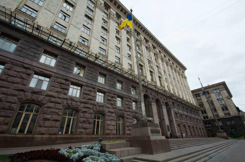 Кто прошел в Киевраду: полный список и досье