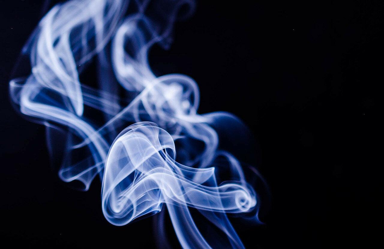 Назван самый опасный вид курения