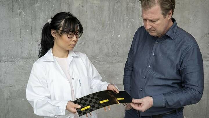"""В Швеции изобрели """"невесомые"""" батареи для электромобилей"""